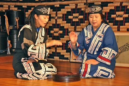 shiraoi-ainu-musuem-and