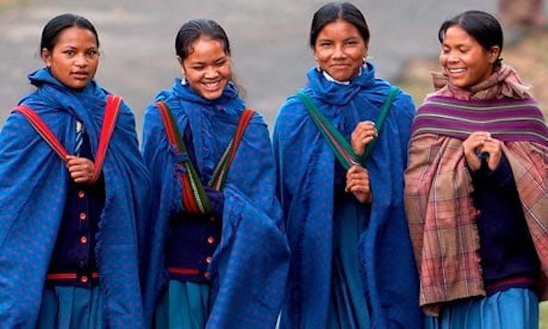 india-girls-khasi-matrili-006