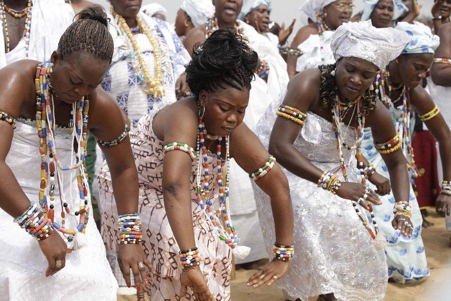 4LM5_Benin_Vodoo_Festival_Copy_1_
