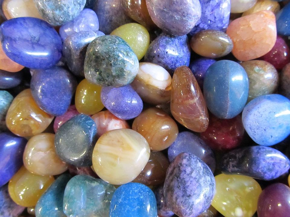 pebbles-1468887_960_720